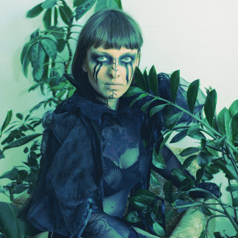 "PREMIERE:MALA HERBA ""Lament"" by Zuzanna Bałwan with Lisa Valberg & Zbigniew Morszczuk"