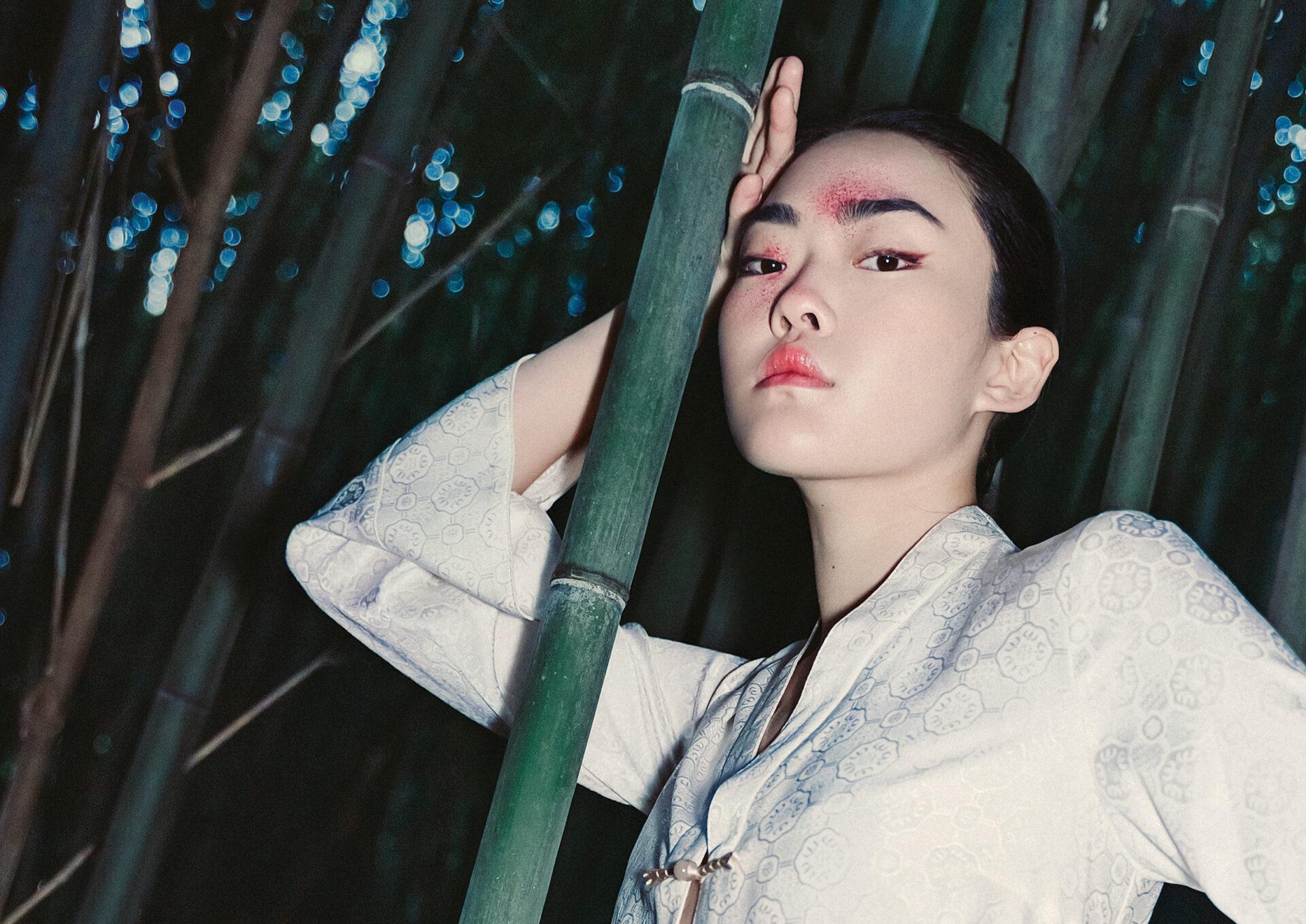 """""""侠 Xia"""" by Astrid Ji with Minna Kim from D1 Models and Senyao Chen from The Society Management. Makeup Artist/Hair Stylist Daisy LW"""