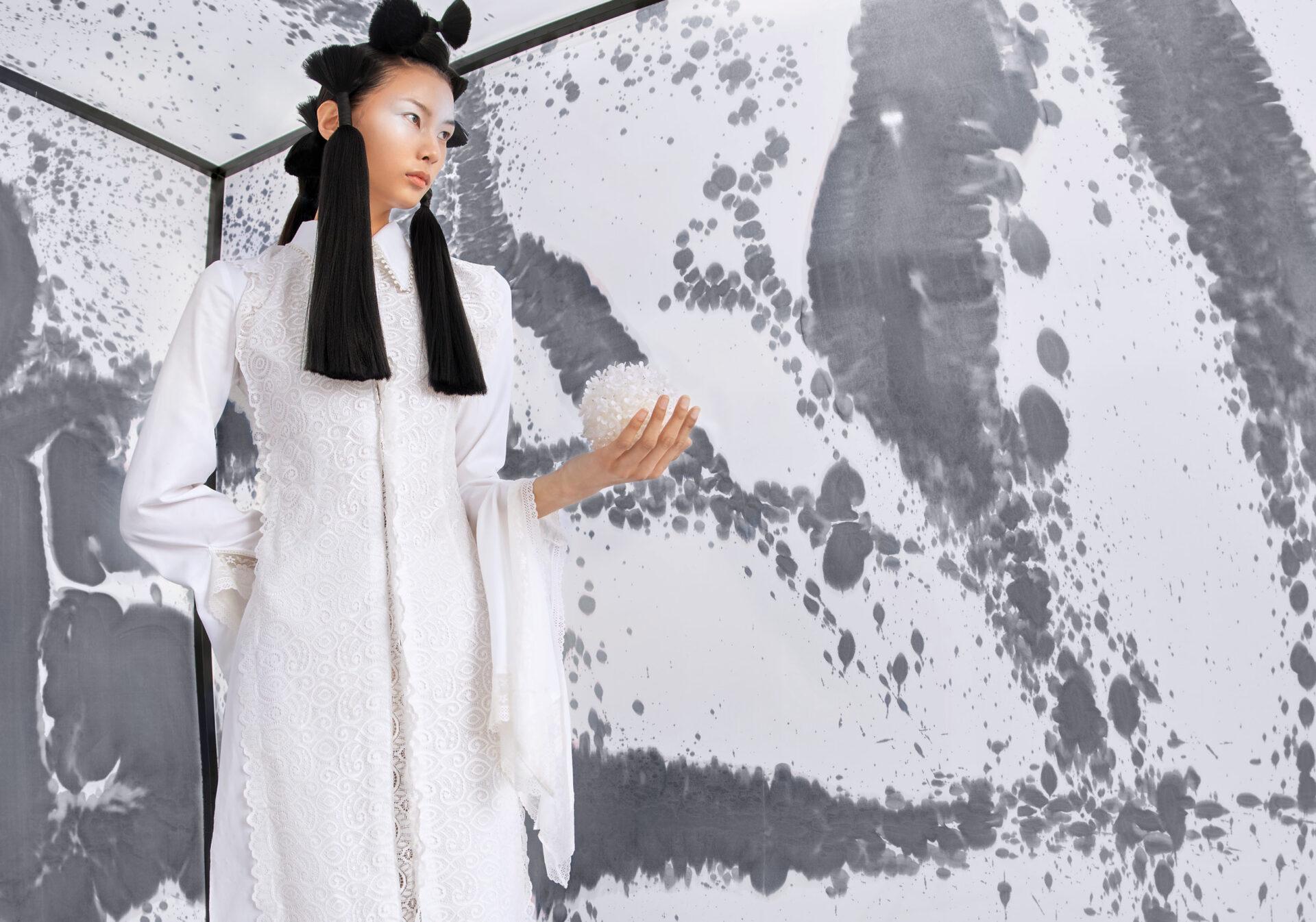 Editorial Keyi Magazine《Limit》by JianDong Deng with BoWen Guan. Make up by Hui Fan. Styling by Suki Xiao